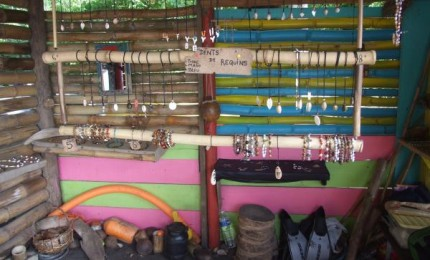 Kazd'o : Location de kayacs - Artisanat local