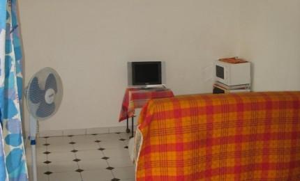 Studio et chambre d'hôtes à Ducos